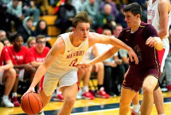 Mater Dei's Ryan Evans made three three-pointers and scored 12 points against Central Catholic. (Photo by Jon Olson)